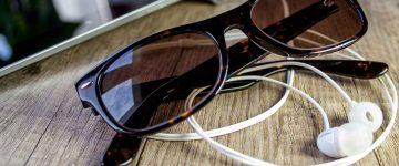 glasses-663099_1920